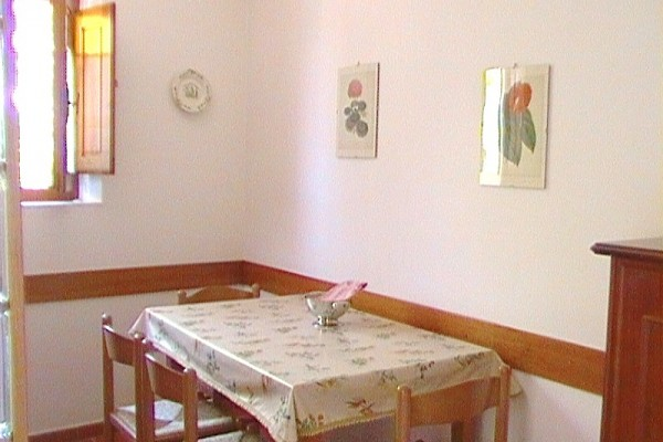 appartamento-lavanda-35D5B0D1F-27C1-668F-9DD8-0E23FEFEE708.jpg