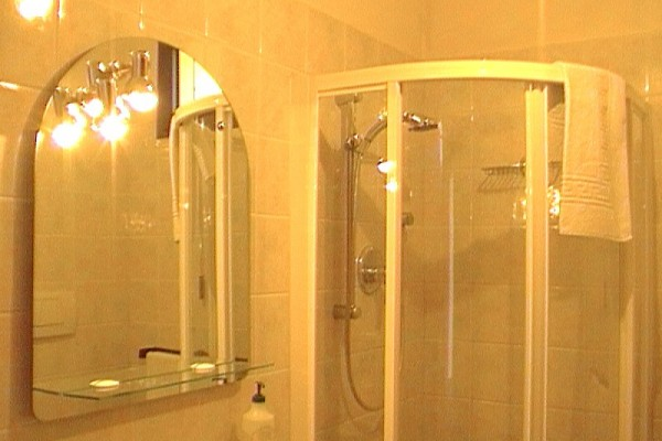 appartamento-lavanda-6341B9678-506E-B3A2-BCF9-6A8E9932C85B.jpg
